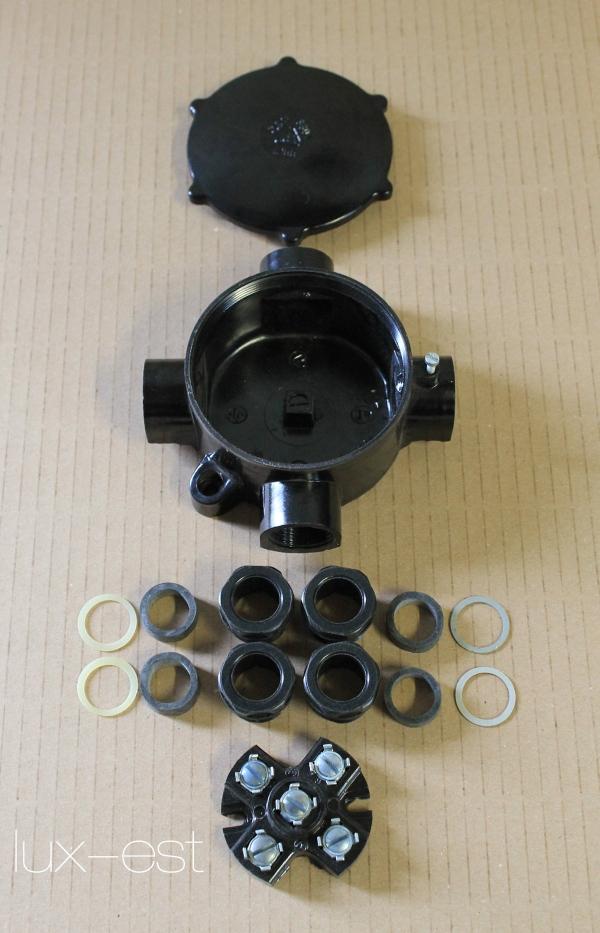 1 of 30 AKI 4 Verteiler Abzweigdose Bakelit Vierarmig Industriedesign Vintage Antyczne materiały budowlane Instalacje i elektryka