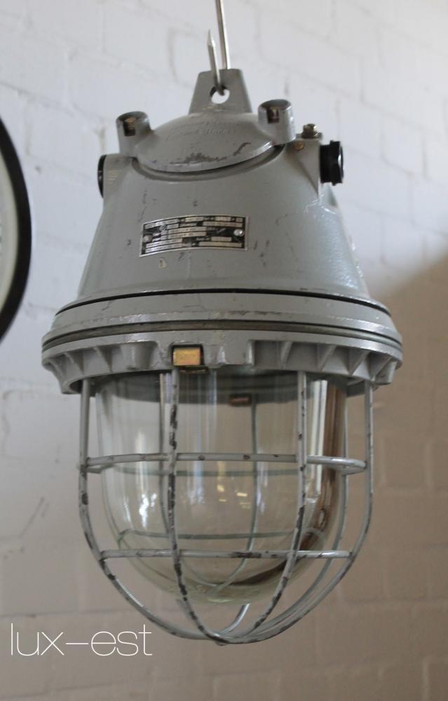 Hartha M Industriedesign Fabrik Bunkerlampe