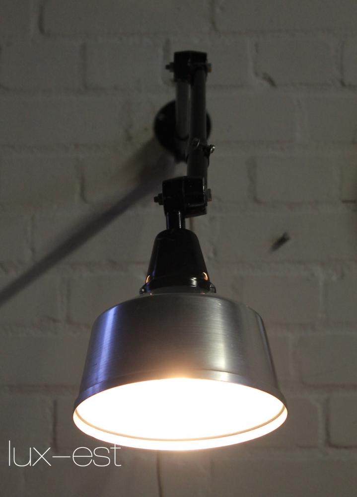 Midgard bauhaus werkstatt arbeitsplatz lampe for Lampen replikate